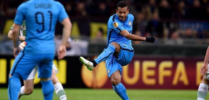 "Interi fiton me ""KO"", Besiktasi shtang Liverpoolin"
