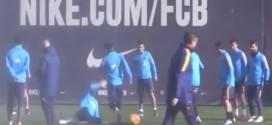 """Pique """"lëndon"""" Messin në stërvitje (VIDEO)"""